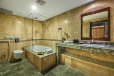 Sawangan Suite Bathroom