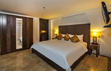 Segara Suite Downstair Bed Room
