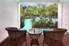 Patio Laguna Pool Access