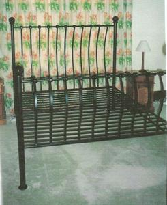 custom bed