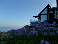 Clifftop Luxury