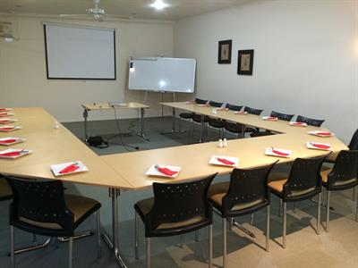 Book your conference with Tuscany Villas