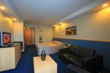 DH Luxmore - Deluxe Accessible Hotel Room R16214