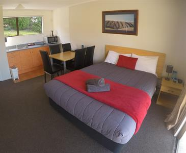 Self-Contained 1 Bedroom 1