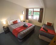 2-Bedroom Motel Bedroom 1 Wanaka Top 10