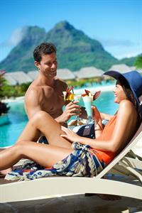 Bora Bora Romance - pool and Otemanu Mount - Bora Bora Pearl Beach Resort & Spa