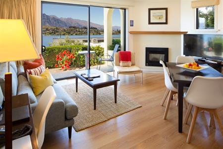 Corner Suite 6 Feb 2021 Villa del Lago