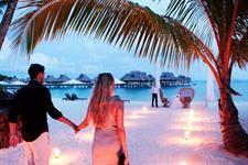 h - Conrad Bora Bora Nui - Romantic Moments (4) Conrad Bora Bora Nui