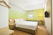 Zest Double Room Zest Bogor