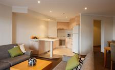 Deluxe One Bedroom Lounge The York Sydney by Swiss-Belhotel, Sydney CBD