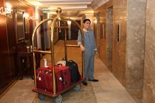 Porter Service Swiss-Belhotel Doha