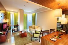 Swiss-Belinn SKA Pekanbaru Green Living Room Suite Swiss-Belinn SKA Pekanbaru