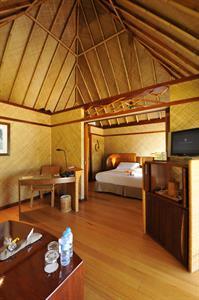 3b - IC Le Moana Horizon Overwater Bungalow Intercontinental Le Moana Bora Bora