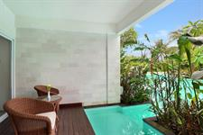 Laguna Pool Access Balcony