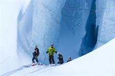 Ice-caverns-on-the-glacier-with-expert-guides-from