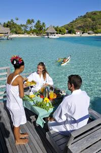 c - breakfast-delivery-intercontinental-bora-bora- Intercontinental Le Moana Bora Bora