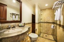 Bathroom Arion Swiss-Belhotel Bandung