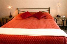 Relax in style - Mezzanine studio Academy Motor Inn Tauranga Motel