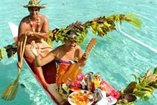 Le Taha'a Island Resort & Spa - Canoe Breakfast