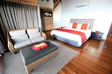 Aga Reef Resort - VIP lounge area and bed Aga Reef Resort