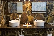 RTP - Beachfront Bathroom Return to Paradise Resort & Spa