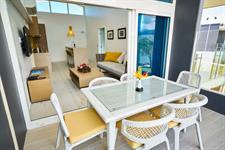 Taumeasina - 3 Bedroom Waterfront Villa Taumeasina Island Resort