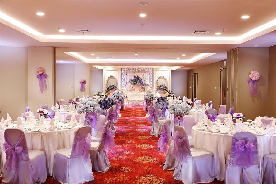 Gallery swiss belinn malang weddings swiss belinn malang junglespirit Gallery