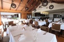 Aga Reef Resort - Restaurant - indoor dining Aga Reef Resort