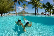 b - IC Resort & Thalasso Spa Bora Bora pool (2)