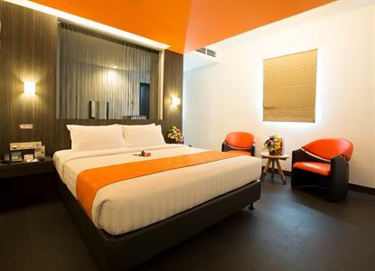 Swiss-Belinn Medan Deluxe King Bed Swiss-Belinn Medan