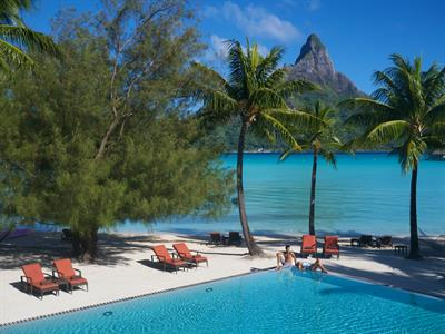 b - IC Resort & Thalasso Spa Bora Bora pool