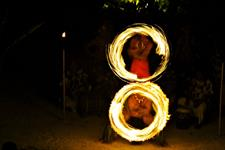 Le Taha'a Island Resort & Spa - Fire Dance