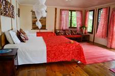 Le Vasa - Lagoon water fale interior - King bed Le Vasa Resort