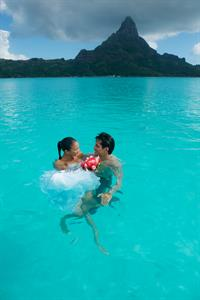 g - IC Resort & Thalaso Spa Bora Bora - wedding2