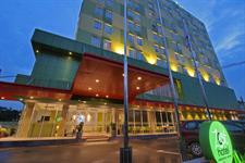Hotel Facade Zest Hotel Harbour Bay Batam