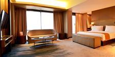 Honeymoon Suite Swiss-Belhotel Cirebon