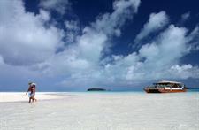 Aitutaki Day Tour - The Vaka Cruise at one foot Air Rarotonga