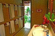 Rarotonga Beach Bungalows - Bathroom Interior Rarotonga Beach Bungalows
