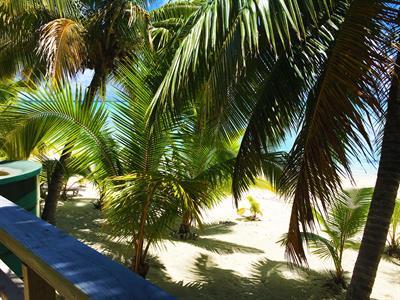 Vaiko Beach Units - DLX BFT balcony Vaikoa Beach Units