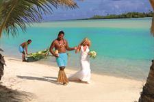 ALPIR - Weddings Warrior Escort Aitutaki Lagoon Private Island Resort