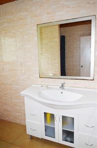 Henry Villa - Bathroom Vanity Henry Villa