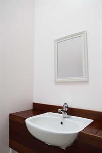 Henry Villa - Guestroom Bathroom Vanity Henry Villa
