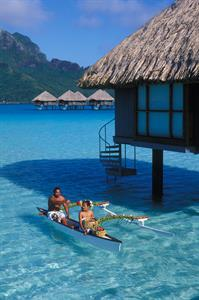 d - Le Meridien Bora Bora - Outrigger Canoe Le Meridien Bora Bora