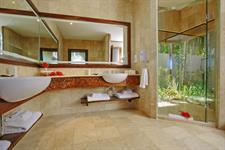 PRA - Ultimate BFT Villa Bathroom Pacific Resort Aitutaki