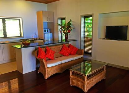 Mangaia Villas - Living room & Kitchen Mangaia Villas