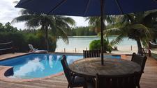 Navigator Villa - Relax by the pool Navigator Beachfront Villa