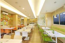 Citruz Restaurant Zest Hotel Airport Jakarta