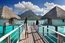 6b - Le Meridien Bora Bora - Premium End of Pontoo Le Meridien Bora Bora