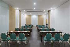 Zest Meetings Classroom Zest Hotel Yogyakarta
