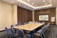 Meeting Room Zest Hotel Sukajadi Bandung